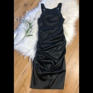 Xscape by Joanna Chen Black ruched dress 8 NWT!